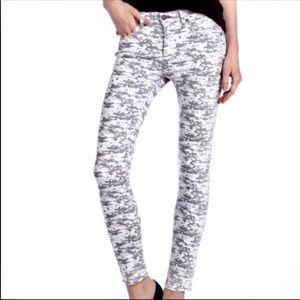 RAG & BONE Skinny Gary Digitized Camo Jeans G23